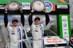 01b_VW-2014-WRC-03-BK2-0320