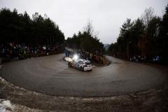 03_VW-WRC15-01-RB1-0142
