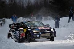 06_VW-WRC15-02-RB4-0747