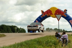 2013-07-21_vw_newsletter2013_14_Rally-Estonia-Historic-Latvala-Action
