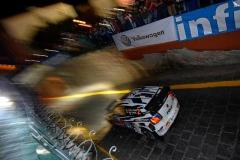 06_VW-WRC15-03-RB1-2567